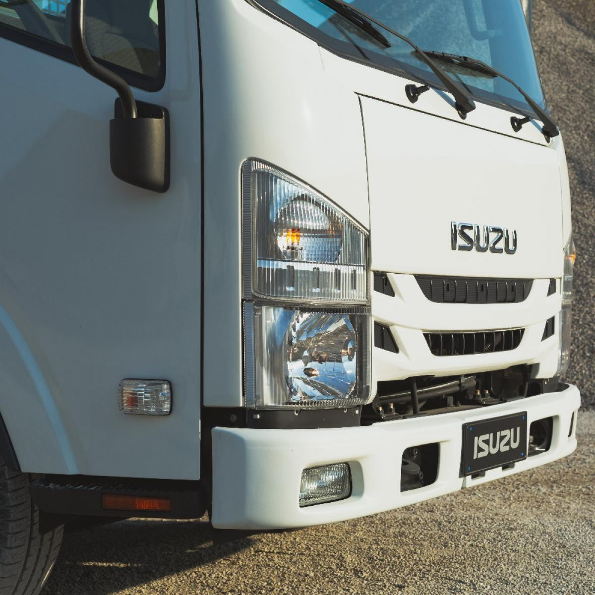 Isuzu M21 Single